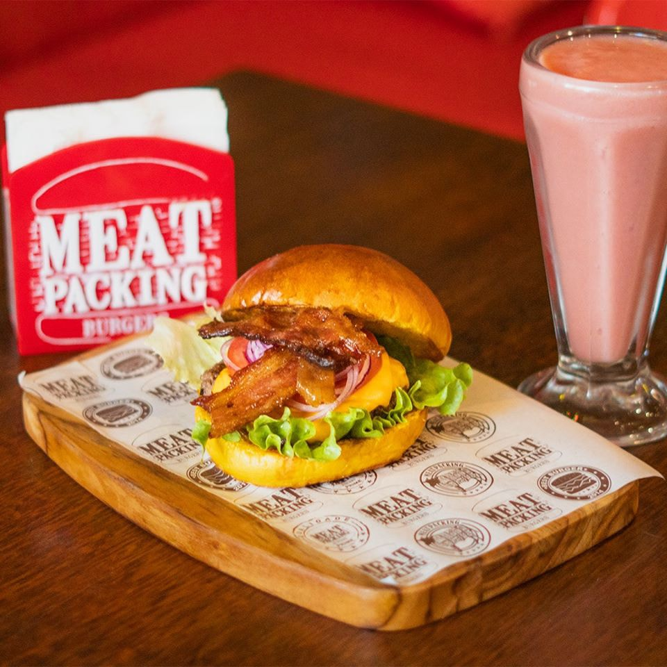 Ambiente do Meatpacking Burgers Meireles - Fortaleza